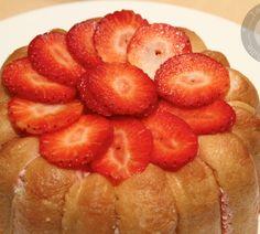 Découvrez la recette Charlotte aux fraises sur cuisineactuelle.fr.