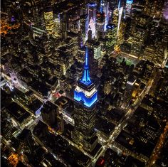 Jimmy Chin - natgeoPhoto // @jimmy_chin 350 Fifth Avenue   https://instagram.com/p/2PAJpnIVbC/?taken-by=natgeo