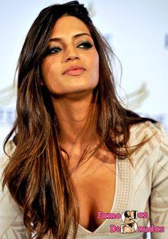 Sara Carbonero desnuda #famosas #desnudas