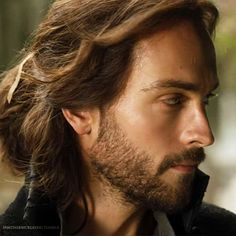 Tom Mison as Ichabod Crane | Ichabod Crane - Sleepy Hollow (TV Series) Photo (35630745) - Fanpop ...