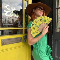 Danneel outside Saint Claude Social Club ahead of New Orleans Jazz Fest on May 2019 Castiel, Supernatural Fans, Supernatural Seasons, Jensen Ackles, Daneel Ackles, Dean Winchester, Familia Winchester, Danneel Harris, Beautiful Wife