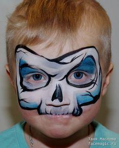 Micro skull. Face paint by Tanya Maslova.