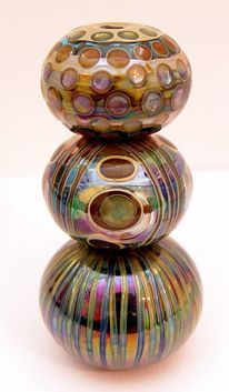 Lampwork beads with delicate dichroic glass effects ... excellent work !!!