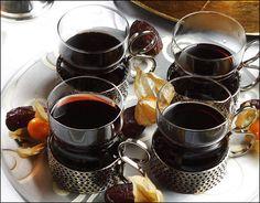 aszaltszilvas-forraltbor Cocktail Drinks, Cocktails, Hungarian Desserts, Limoncello, Diy Food, Drinking Tea, Chocolate Fondue, Vodka, Food And Drink