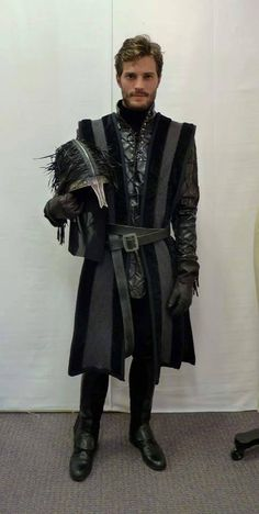 OUAT I loved Jamie as the huntsman! Too bad he was killed off so fast!