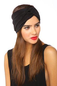 turban goes with so many things and looks great when your having a bad hair day! I want to try one so bad!
