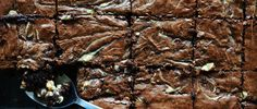 KAI CHEESECAKE KAI BROWNIE! Cheesecake Brownies, Kai, Sweet Treats, Greek, Baking, Desserts, Recipes, Food, Tailgate Desserts