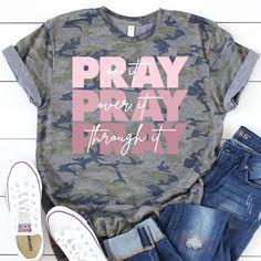 Christian Clothing, Christian Shirts, Christian Apparel, Ty Dye, Design Tape, Cute Shirt Designs, Vinyl Shirts, Diy Shirt, Cute Shirts