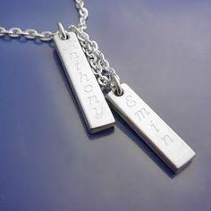 Klassiska silverbrickor <3 #namnsmycken