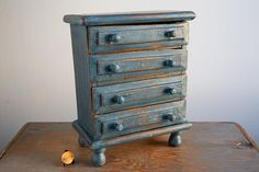 Small Wooden Chest of Drawers - Vintage Doll Furniture