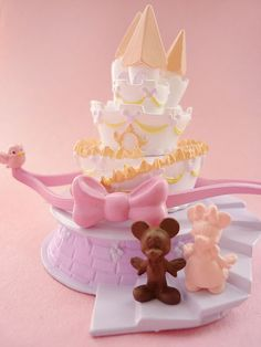 Mickey & Minnie Mouse wedding cake.  DISNEY