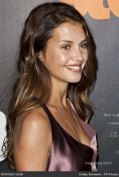 Hannah Ware as Emma Cane in_Boss _ 7