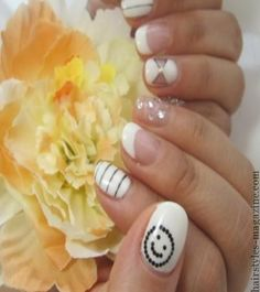20 Cute Nail Art Designs for Short Nails - Hairstyles Magazine : Hairstyles Magazine