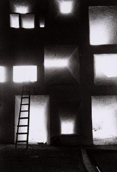 Le corbusier's Notre dame du haut in ronchamp, photographed by Rene Burri (1955)