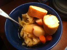 Tasty Kaiti's Yummy Vegan Blog: St. Paddy's Day Cabbage and Potatoes