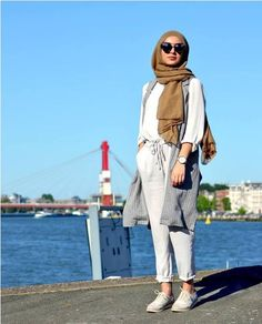 Stylish and versatile summer hijab outfits – Just Trendy Girls Ootd Hijab, Hijab Chic, Stylish Hijab, Casual Hijab Outfit, Stylish Outfits, Wedding Dress Winter, Modele Hijab, Hijab Look, Hijab Fashion Inspiration