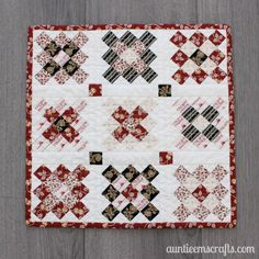 Little House on the Prairie® Granny Square Mini Quilt Tutorial - Auntie Em's Cr. : Little House on the Prairie® Granny Square Mini Quilt Tutorial – Auntie Em's Crafts Quilting For Beginners, Quilting Tutorials, Quilting Projects, Sewing Projects, Quilting Classes, Quilting Ideas, Cute Quilts, Small Quilts, Mini Quilts