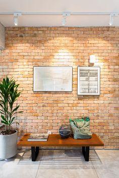 Jurnal De Design Interior: Stil Industrial, Minimal și Modern într Un  Apartament De