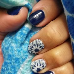 """""""In the mind's eye, a fractal is a way of seeing infinity. —James Gleick  #fractaljn #betatrushinejn #chasemynails #NOTD #jamberry"""""""