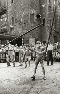 Festa de Sant Roc a la Plaça Nova. 14 d'agost del 1955. AFB. Pérez de Rozas.