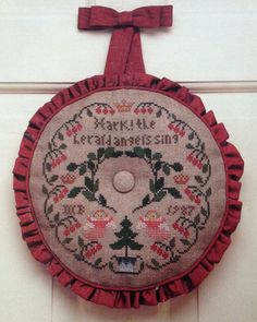 This is a beautuful cross stitch wreath pattern by Mary Beale. Not dated out of print