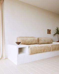popular in the 1950 & built-in furniture seems to be making a strong comeback. and there's a lot to love about built-in furniture. Built In Furniture, New Furniture, Custom Furniture, Furniture Design, Barbie Furniture, Garden Furniture, Concrete Furniture, Furniture Buyers, Furniture Removal