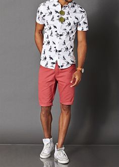 Heron print button up, red shorts & converse