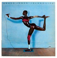 En 1985, Jean-Baptiste Mondino photographie Grace Jones pour son album «Island Life».