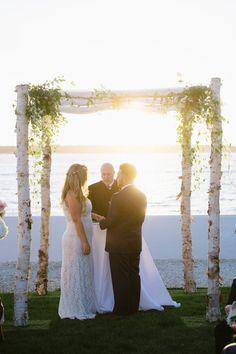 Chuppah, Wedding Dresses, Fashion, Bride Dresses, Moda, Bridal Gowns, Fashion Styles, Wedding Dressses