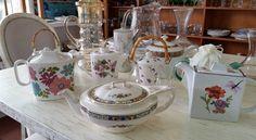 Estamos invitados a tomar el té #teteras #porcelana #te