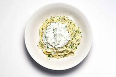 Spaghetti With Herbed Ricotta and Garlic
