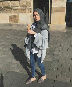 Hijab Casual, Hijab Chic, Ootd Hijab, Modern Hijab Fashion, Arab Fashion, Islamic Fashion, Muslim Fashion, Hijab Elegante, Hijab Mode Inspiration