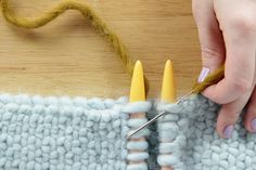 Grafting / Kitchener Stitch.  Love this tutorial,  large needles and super bulking yarn really make it easy to follow her step by step instructions.