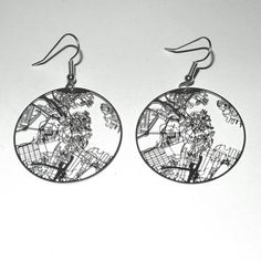 The pattern on these earrings are designed to mimic the streets of Boston.