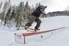 Tail press on snow Snowboarding, Skiing, Winter Sports, Winter Wonderland, Powder, Beauty, World, White People, Snow Board