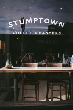 Stumptown Coffee Roasters in Portland, Oregon - Some of the best coffee you'll ever have. Le Shop, Best Coffee Shop, Coffee Shop Signs, Café Bar, Coffee Cafe, Coffee Shops, Roasters Coffee, Foto Art, Le Far West