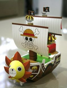 Paper cut out One Piece pirate ship: Thousand Sunny