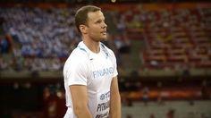 MM-kisojen keihäsfinaali kannatti katsoa. /  Julius Yegon käsittämätön 92,72 toi kenialaiselle MM-kultaa. Tero Pitkämäki avasi Suomen mitalitilin ottamalla kovatasoisessa kisassa pronssia tuloksella 87,64.