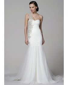 New one shoulder wedding dresses by top designers' Spring 2013 bridal runway collections.
