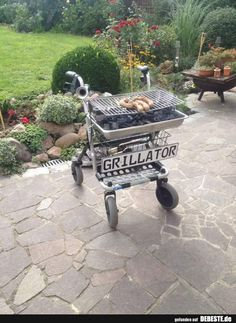 Ready for grill season More memes, funny videos and pics on Funny Birthday Gifts, Diy Birthday, Birthday Presents, Funny Gifts, Funny Presents, Best Funny Pictures, Cool Pictures, Image Facebook, Diy Gifts