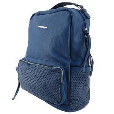 Mochila feminina de couro ecológico, mochila azul. Para carregar notebook, cadernos, roupas e tudo o mais que vc precisar. http://lojadibella.com.br/d/103/Bolsa+Mochila  Mochila, mochila de couro, mochila feminina, loja dibella, bag, handbag, backpack, mochila diferente, mochila linda, mochila rock, comprar mochila, loja mochila, mochila academia