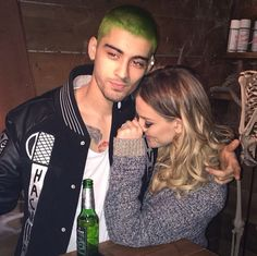 Please dont day hes actually hav green hair.... :-/