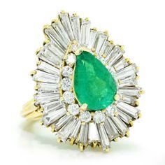 Vintage 5.40ctw Pear Emerald & Baguette Diamond Ballerina 18K Gold Ring