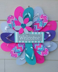 Beautiful Handmade Welcome Flip Flop Wreath by TheFlipFlopDaisy