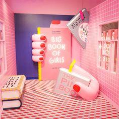 Moreru Mignon, a purikura shop in Tokyo Disney. Moreru Mignon, a purikura shop in Tokyo Disney. Display Design, Booth Design, Cafe Design, Store Design, Interior Design, Merci Paris, Tout Rose, Exhibition Stand Design, Retail Design