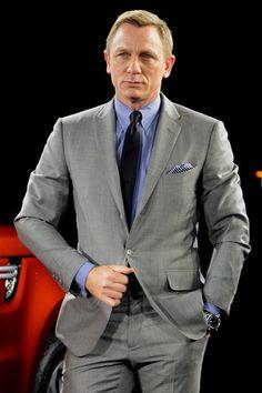 New james bond movie daniel craig in 2019 дэниел крэйг, мужской костюм, муж James Bond Suit, Bond Suits, James Bond Style, New James Bond, James Bond Movies, Daniel Craig James Bond, Daniel Craig Style, Terno Slim, Style Masculin