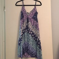 Summer flowery dress Cute dress perfect for the summer American Eagle Outfitters Dresses