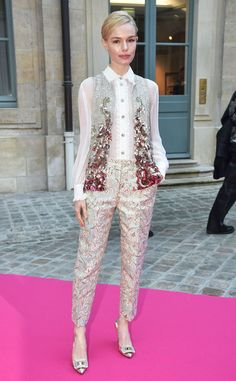 Kate Bosworth from The Big Picture: Today's Hot Pics  The actressarrives at the Schiapparelli fashion show during Paris Fashion Week.