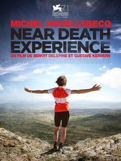 Near Death Experience est un film de Gustave Kervern avec Michel Houellebecq, Marius Bertram. Synopsis : Paul, un employé sur une plateforme téléphonique, est en plein burn-out. Un vendredi 13, la chronique du journal télévisé sur ce jour particulier