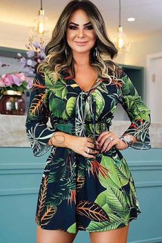 Elegant Cocktail Dress, Full Look, Girl Model, Homecoming Dresses, Casual Looks, Spring Outfits, Lace Dress, Womens Fashion, Fashion Trends